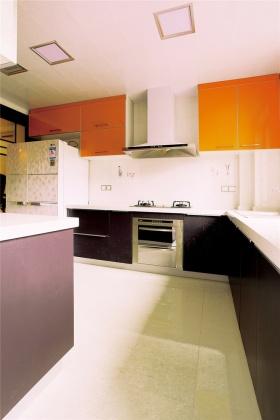 紫色优雅简约厨房橱柜装修布置