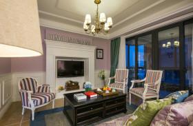 彩色美式风格客厅吊顶装修布置