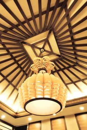 橙色东南亚风格吊顶装修图