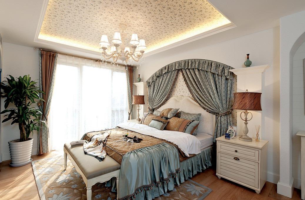 米色欧式卧室吊顶设计欣赏