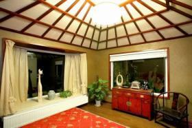 新古典黄色卧室飘窗装修图