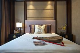 褐色新古典风格卧室背景墙效果图赏析