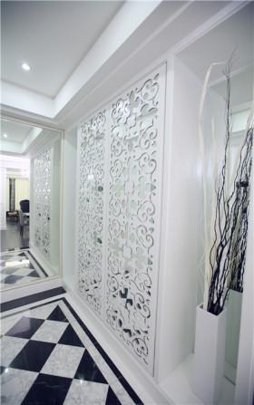 精致雕花简欧白色橱柜门装饰图