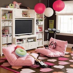 可爱甜心粉色混搭客厅榻榻米装修图