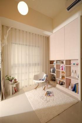 简约风格米色窗帘装饰案例
