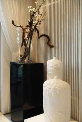 米色简欧风格客厅装饰品装潢设计