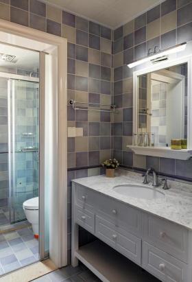 灰色欧式简洁卫生间设计装潢