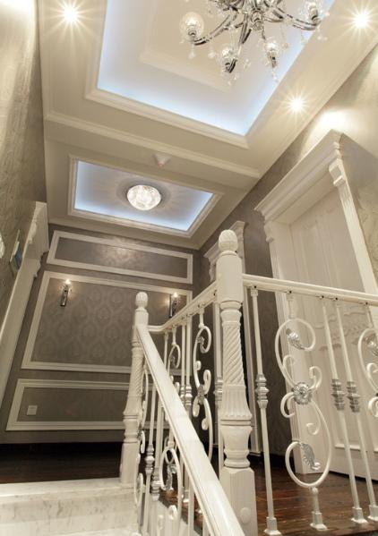 欧式风格米色楼梯图片赏析