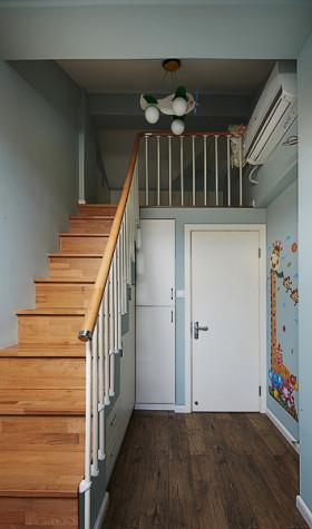 简约风格灰色楼梯设计赏析