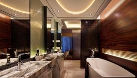 大气时尚现代简约风格红色卫生间装饰图