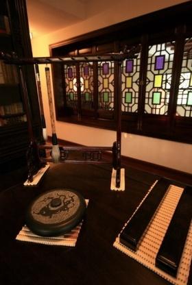 古典中式雅致书房装饰品设计图片