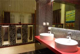 红色典雅中式风格卫生间图片