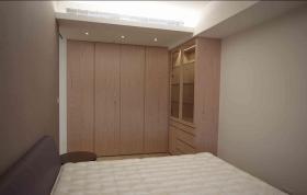 简洁现代风格卧室衣柜装修设计