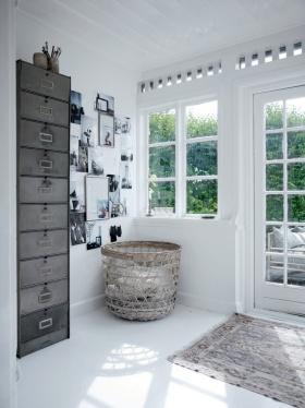 白色宜家风格照片墙装修布置