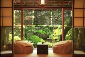 日式风格雅致黄色客厅榻榻米设计装潢