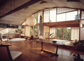 大气日式原木客厅装修设计