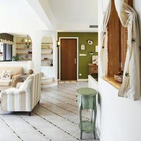 美式白色客厅玄关装修图片