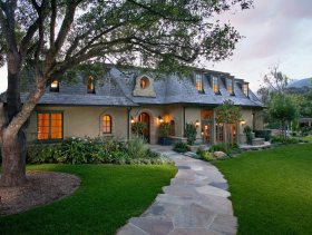 绿色美式别墅装饰案例