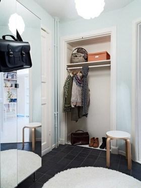 2016白色欧式风格小户型衣柜赏析