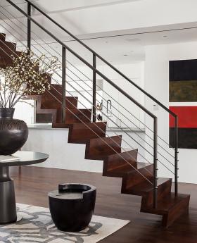 褐色现代风格楼梯图片欣赏