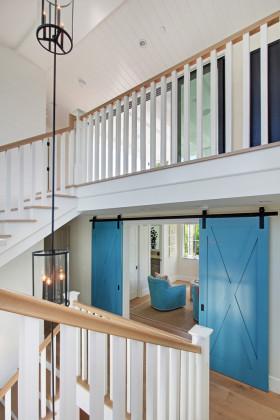 蓝色雅致地中海风格客厅楼梯装修图片
