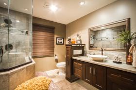 雅致时尚新古典风格卫生间装修效果图片