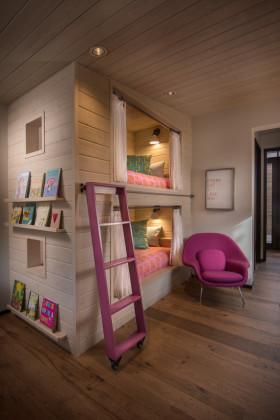 简约风格紫色儿童房装修案例