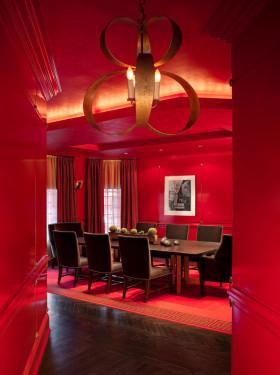 欧式红色餐厅吊顶设计欣赏