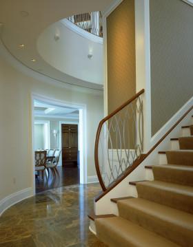 黄色雅致新古典风格楼梯装修设计