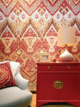 新古典风格雅致红色背景墙设计图片