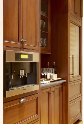 橙色个性欧式厨房橱柜美图赏析