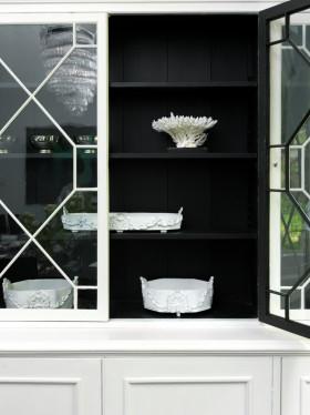 简约风格黑色收纳柜设计欣赏