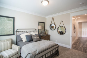 灰色简约风格卧室装修设计案例