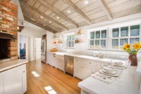 米色清新地中海风格厨房橱柜装潢设计