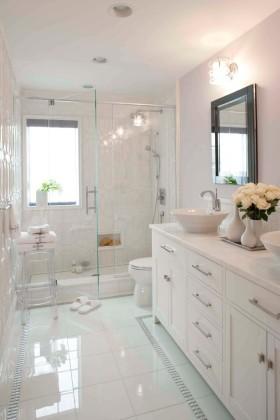 简约风格纯白清新卫生间设计图