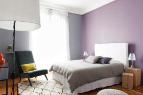 紫色现代风格卧室装修案例