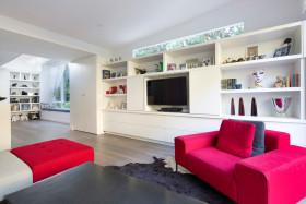 简约粉色甜美个性创意客厅收纳电视墙美图欣赏
