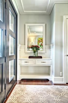 田园风格白色玄关装饰设计图片