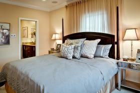 雅致温馨浪漫新古典风格卧室效果图欣赏