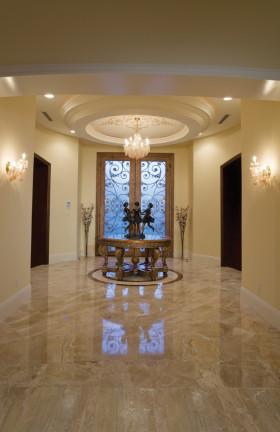 华丽大气欧式别墅玄关设计图片