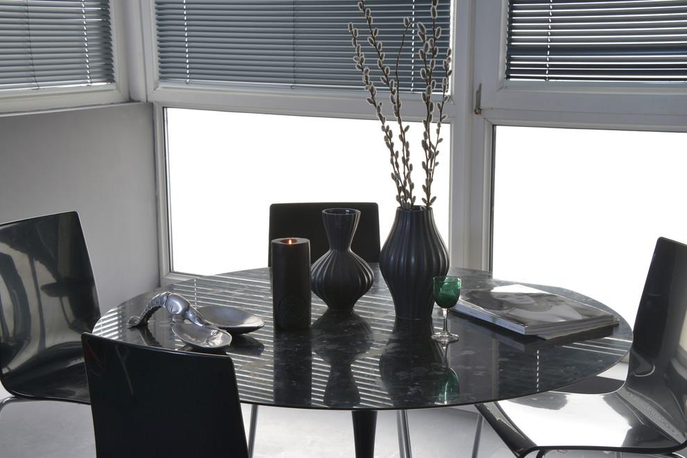 简约风格灰色餐厅餐桌设计装修图片