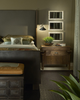 褐色东南亚风格卧室装饰柜装修图片