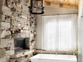 美式风格个性橙色卫生间装饰设计图片