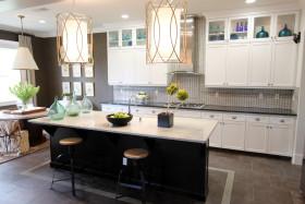 2016简约典雅黑色厨房设计欣赏