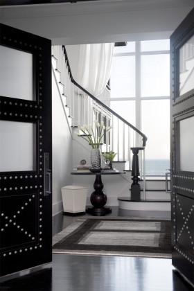 简约灰色楼梯装修案例