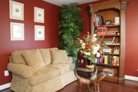 欧式风格温馨红色书房装潢设计