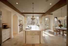 2016欧式风格浪漫白色厨房橱柜图片欣赏