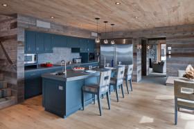 现代时尚厨房吧台设计图