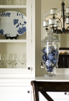 欧式风格橱柜装饰设计图片