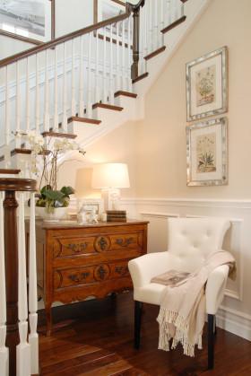 东南亚风格米色舒适楼梯间装修案例